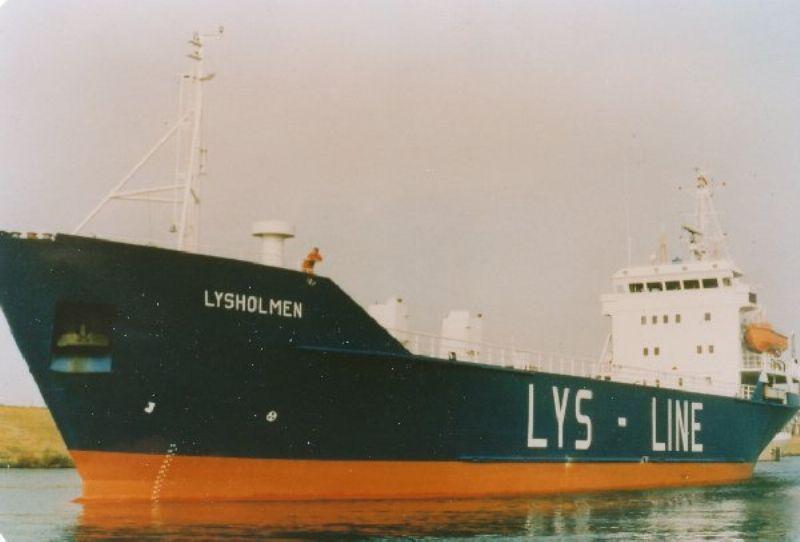 Bilde av lastebåten Lysholmen